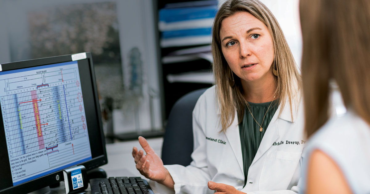 """Considered only as a short-term fix, sleeping pills are unlikely to treat the underlying causes of many sleep problems experienced by patients with rheumatic diseases, Michelle Drerup, PsyD, DBSM, told Healio Rheumatology. Instead, she urged rheumatologists to utilize cognitive behavioral therapy for insomnia, """"a multi-component, brief, structured intervention for insomnia that helps you identify and replace behaviors and thoughts that cause or worsen sleep problems with habits that promote sound sleep."""""""